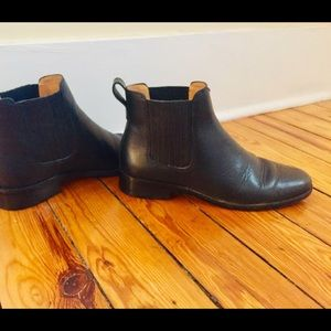 Madewell - The Ainsley Chelsea Boot